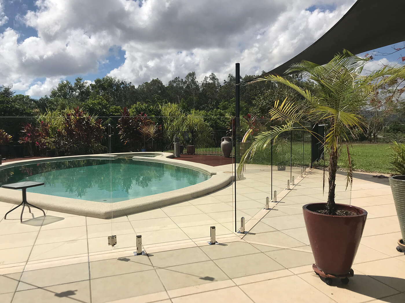 Glass Pool Fencing solutions in Cairns