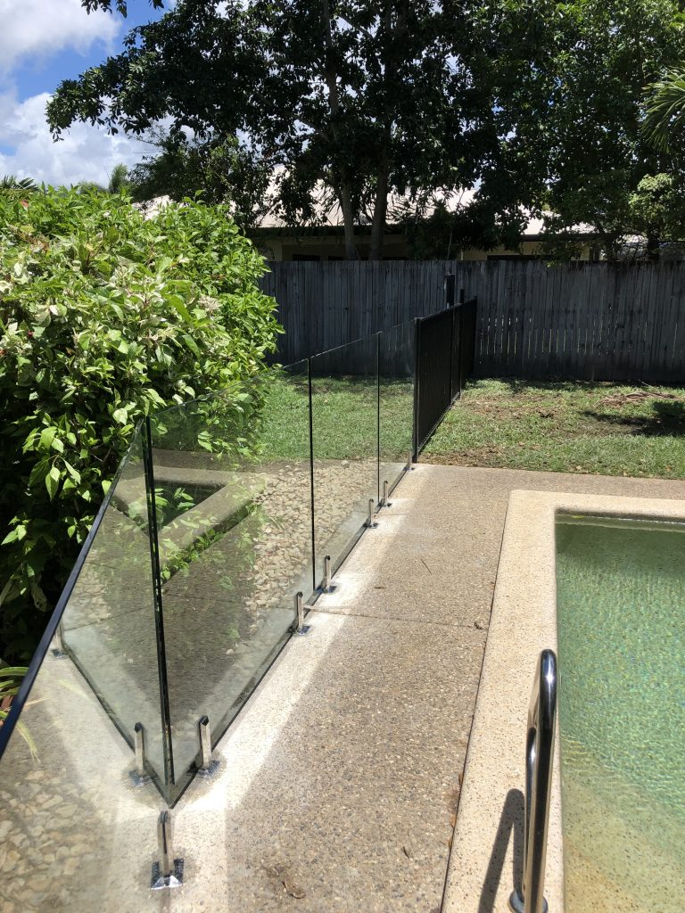 Pool Fencing | What are the different types of fencing?