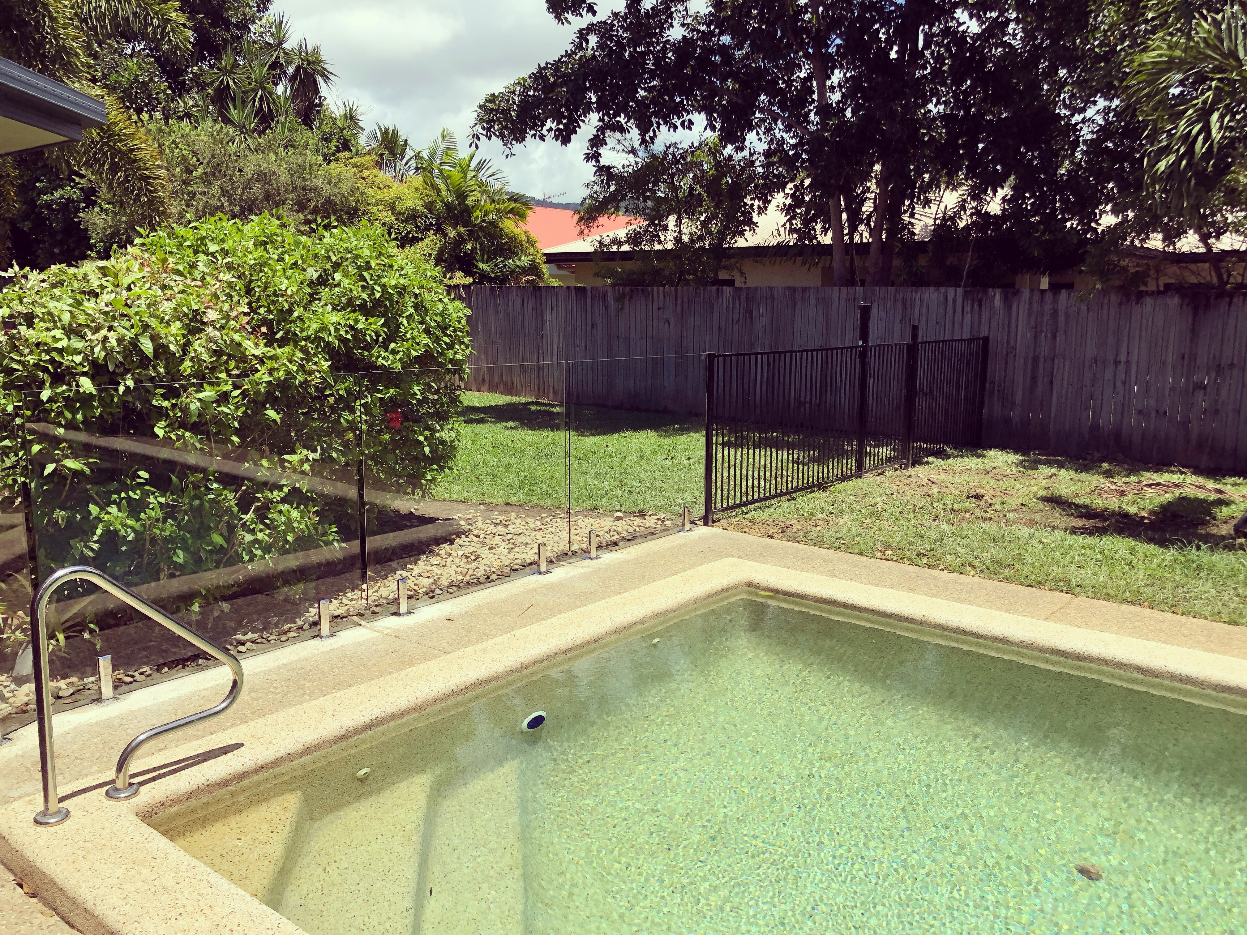 Glass and Aluminium pool fencing, Cairns and Port Douglas, Far North Queensland